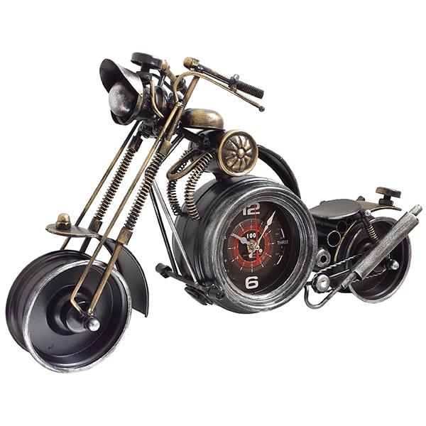 אופנוע קסטום כולל שעון