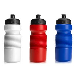 בקבוק ספורט נמתח בצבעים שונים