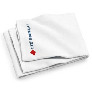 מגבת חוף עם לוגו