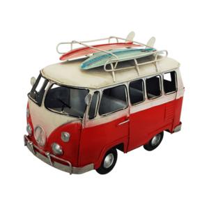 מודל רכב בעיצוב רטרו אדום