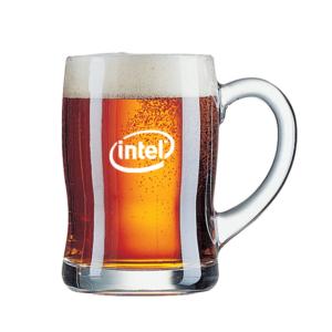 כוס בירה עם הדפסה של לוגו