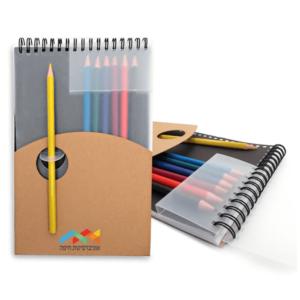 מחברת עם עפרונות צבעוניים למיתוג