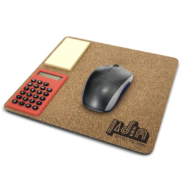 משטח שעם לעכבר עם מחשבון
