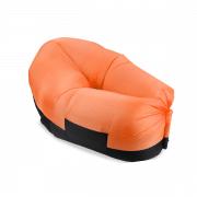 כורסא מתנפחת לחוף הים