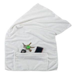 מגבת גוף עם כיס צבע לבן